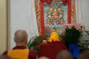 Его Святейшество Далай-лама принимает участие в молебне по случаю дня ухода Чже Цонкапы в нирвану. Бангалор, Индия. 5 декабря 2015 г. Фото: Тензин Чойджор (офис ЕСДЛ)