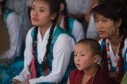 Тибетцы слушают речь Его Святейшества Далай-ламы на праздновании 26-й годовщины вручения ему Нобелевской премии мира. Хунсур, штат Карнатака, Индия. 10 декабря 2015 г. Фото: Тензин Чойджор (офис ЕСДЛ)