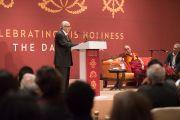 Известный юрист Фали Нариман выступает на встрече, посвященной прошедшему 80-летию Его Святейшества Далай-ламы. Дели, Индия. 4 января 2016 г. Фото: Тензин Чойджор (офис ЕСДЛ)