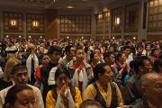 Более трех тысяч человек ждут появления Его Святейшества Далай-ламы в зале конференц-центра. Миннеаполис, штат Миннесота, США. 21 февраля 2016 г. Фото: Джереми Рассел (офис ЕСДЛ)