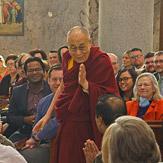 """Дээрхийн Гэгээнтэн Далай Лам Маёо эмнэлэг дээр """"Эрүүл мэндийн салбар дахь  энэрэнгүй сэтгэл"""" сэдвээр яриа хийв"""