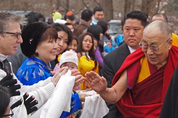 Далай-лама прибыл в буддийский центр «Олений парк» в Мэдисоне