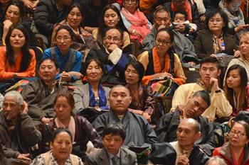 Далай-лама даровал учения по поэме «Восемь строф о преобразовании ума» и принял участие в экспертном обсуждении в Мэдисоне