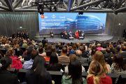 """Вид на зал, в котором проходила встреча """"Нобелевские лауреаты за права человека: взгляд гражданского общества"""" с участием Его Святейшества Далай-ламы. Женева, Швейцария. 11 марта 2016 г. Фото: Оливье Адам"""