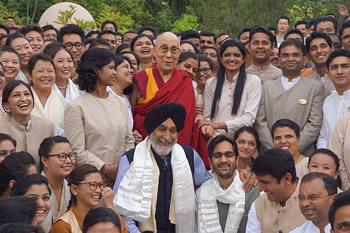 Далай-лама посетил центр затворничества «Вана» в Дехрадуне