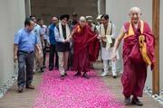 Далай-лама посетил центр затворничества