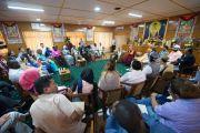 """Встреча Его Святейшества Далай-ламы с участниками программы """"Юные лидеры"""" Института мира США. Дхарамсала, Индия. 3 мая 2016 г. Фото: Тензин Чойджор (офис ЕСДЛ)"""