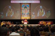 Вид на сцену Международного конгресс-центра в Осаке во время учений Его Святейшества Далай-ламы. Осака, Япония. 10 мая 2016 г. Фото: Тензин Чойджор (офис ЕСДЛ)