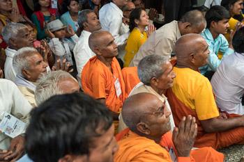 Далай-лама начал даровать учения по просьбе буддистов из общества «Наланда Шикша»