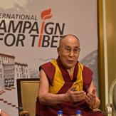 """Дээрхийн Гэгээнтэн Далай Лам энэ өглөө Капитол Хиллд морилсон ба үдээс хойш """"Төвөдийн андууд""""-тай уулзав"""