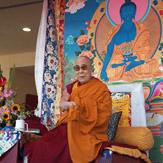 Дээрхийн Гэгээнтэн Далай Лам Вестминстерт олон нийттэй уулзаж, Манал бурханы адистид хайрлав