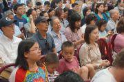 Верующие в зале во время публичной лекции Его Святейшества Далай-ламы в буддийском храме Dieu Ngu. Вестминстер, штат Калифорния, США. 18 июня 2016 г. Фото: Джереми Рассел (офис ЕСДЛ)