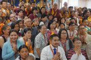 Его Святейшество Далай-лама во время встречи с членами центра Геден Шолинг. Вестминстер, штат Калифорния, США. 19 июня 2016 г. Фото: Джереми Рассел (офис ЕСДЛ)