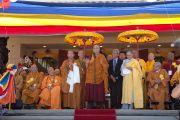 Его Святейшество Далай-лама выступает с речью на торжественной церемонии открытия вьетнамского буддийского храма Дзе Нгу (Dieu Ngu). Вестминстер, штат Калифорния, США. 19 июня 2016 г. Фото: Барбара Дью
