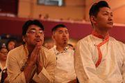 Верующие слушают наставления Его Святейшества Далай-ламы в ходе аудиенции в Boulder Theater. Боулдер, штат Колорадо, США. 24 июня 2016 г. Фото: Церинг Чоней