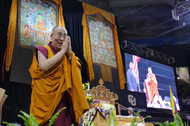 Далай-лама поблагодарил всех своих друзей