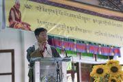 Сикьонг (глава Центральной тибетской администрации) Лобсанг Сенге выступает с речью во время торжеств, организованных в честь 81-летия Его Святейшества Далай-ламы в монастыре Дрепунг. Мундгод, штат Карнатака, Индия. 6 июля 2016 г. Фото: Тензин Чойджор (офис ЕСДЛ)