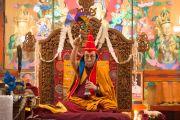 Его Святейшество Далай-лама во время празднования дня рождения Гуру Падмасамбхавы в монастыре Оргьен Херука на озере Цо-Пема. Ревалсар, штат Химачал Прадеш, Индия. 14 июля 2016 г. Фото: Тензин Пхунцок (офис ЕСДЛ)
