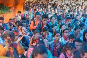 Некоторые из более 10 тысяч человек на учениях Его Святейшества Далай-ламы на берегу озера Цо-Пема. Ревалсар, штат Химачал Прадеш, Индия. 14 июля 2016 г. Фото: Тензин Пхунцок (офис ЕСДЛ)