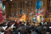 Его Святейшество Далай-лама возглавляет молебен в храме Джоканг. Ле, Ладак, штат Джамму и Кашмир, Индия. 27 июля 2016. Фото: Тензин Чойджор (офис ЕСДЛ)