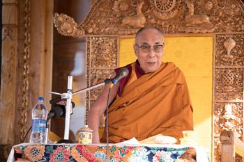 Далай-лама посетил деревни Сабу и Сток