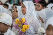 Далай-лама посетил среднюю школу Исламия, женский буддийский монастырь и мечеть