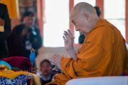 Его Святейшество Далай-лама проводит ритуал освящения нового молитвенного зала монастыря Нгагьюр Дактог. Ладак, штат Джамму и Кашмир, Индия. 5 августа 2016 г. Фото: Тензин Чойджор (офис ЕСДЛ)