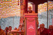 Его Святейшество Далай-лама выступает с приветственным обращением на торжественном открытии четвертого Большого летнего религиозного совета в монастыре Тикси. Ладак, штат Джамму и Кашмир, Индия. 9 августа 2016 г. Фото: Тензин Чойджор (офис ЕСДЛ)