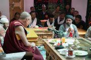Служители и прихожане мечети шиитов в Тикси задают вопросы Его Святейшеству Далай-ламе. Ладак, штат Джамму и Кашмир, Индия. 12 августа 2016 г. Фото: Тензин Чойджор (офис ЕСДЛ)