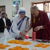 Дээрхийн Гэгээнтэн Далай Лам Тереза эхийг ариун хэмээн тунхагласанд талархал илэрхийлэв