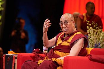 Далай-лама даровал учения по сочинению Нагарджуны «Толкование бодхичитты»