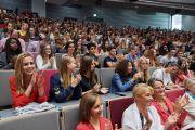 Слушатели во время межконфессиональной встречи с участием Его Святейшества Далай-ламы в Лувенском католическом университете. Брюссель, Бельгия. 12 сентября 2016 г. Фото: Оливье Адам
