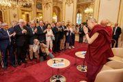 Дээрхийн Гэгээнтэн Далай Ламын Парис дахь айлчлалын хоёр дахь өдөр. Франц, Парис. 2016.09.14.