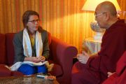 Его Святейшество Далай-лама дает интервью Дороти Уэрнер, журналистке «Elle». Страсбург, Франция. 19 сентября 2016 г. Фото: Джереми Рассел (офис ЕСДЛ)