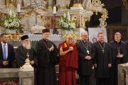 Религиозные лидеры фотографируются на память после подписания «Призыва к миру» в Церкви мира. Свидница, Польша. 21 сентября 2016 г. Фото: Джереми Рассел (офис ЕСДЛ)