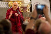 Его Святейшество Далай-лама выступает с обращением в Церкви мира перед подписанием «Призыва к миру». Свидница, Польша. 21 сентября 2016 г. Фото: Мачей Кульчиньский