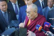 Его Святейшество Далай-лама дает интервью после встречи с президентом Словакии Андреем Киской. Братислава, Словакия. 16 октября 2016 г. Фото: Джереми Рассел (офис ЕСДЛ)