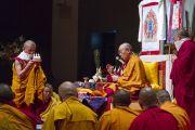 Его Святейшество Далай-лама дарует посвящение Ачалы в главном храме Коясана. Коясан, Япония. 14 ноября 2016 г. Фото: Джигме Чопхел