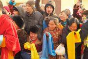 Верующие ожидают встречи с Его Святейшеством Далай-ламой в монастыре Гандан Тегченлинг. Улан-Батор, Монголия. 19 ноября 2016 г. Фото: Тензин Такла (офис ЕСДЛ)