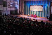 Вид на сцену Центрального дворца культуры, в котором состоялась лекция Его Святейшества Далай-ламы об общечеловеческих ценностях и буддизме в 21 веке. Улан-Батор, Монголия. 22 ноября 2016 г. Фото: Тензин Такла (офис ЕСДЛ)