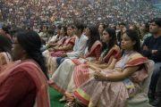 Слушатели во время публичной лекции Его Святейшества Далай-ламы на стадионе «Тьягарадж». Нью-Дели, Индия. 9 декабря 2016 г. Фото: Тензин Чойджор (офис ЕСДЛ)