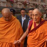 Далай-лама совершил паломничество в храм Махабодхи в Бодхгае