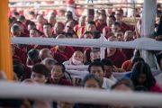 Некоторые из тысяч монахов, собравшихся на учения Его Святейшества Далай-ламы, предваряющие посвящение Калачакры. Бодхгая, штат Бихар, Индия. 7 января 2017 г. Фото: Тензин Чойджор (офис ЕСДЛ)