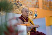 Его Святейшество Далай-лама в ходе заключительного дня учений, предваряющих посвящение Калачакры. Бодхгая, штат Бихар, Индия. 8 января 2017 г. Фото: Тензин Чойджор (офис ЕСДЛ)