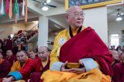 Некоторые из более 1800 монахов и мирян из Монголии, собравшихся на торжественном открытии монгольского храма Гандан Тегченлинг, чтобы послушать наставления Его Святейшества Далай-ламы. Бодхгая, штат Бихар, Индия. 9 января 2017 г. Фото: Тензин Чойджор (офис ЕСДЛ)