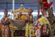 Монахи монастыря Намгьял исполняют ритуальный танец Калачакры в присутствии Его Святейшества Далай-ламы. Бодхгая, штат Бихар, Индия. 9 января 2017 г. Фото: Тензин Чойджор (офис ЕСДЛ)