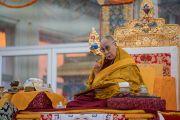 Его Святейшество Далай-лама дарует наставления во время заключительного дня 34-го посвящения Калачакры. Бодхгая, штат Бихар, Индия. 13 января 2017 г. Фото: Тензин Чойджор (офис ЕСДЛ)