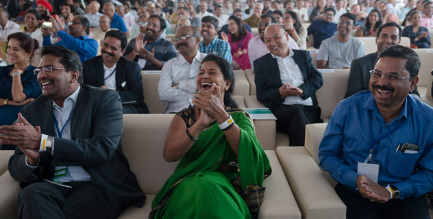 Церемония закладки первого камня южно-азиатского отделения «Центра за этику»
