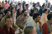 Слушатели во время первого дня учений Его Святейшества Далай-ламы, организованных по просьбе фонда «Видьялока». Нью-Дели, Индия. 3 февраля 2017 г. Фото: Тензин Чойджор (офис ЕСДЛ)