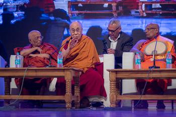 Далай-лама посетил буддийский университет Нава Наланда Махавихара